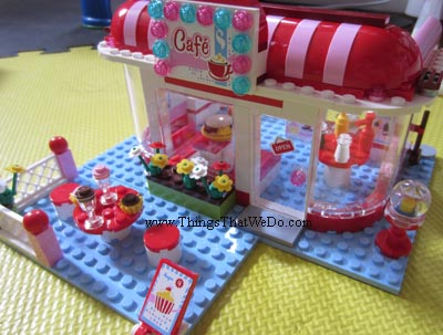 Playing With Lego Friends City Park Caf A New Twist On Lego