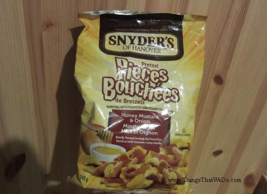 thingsthatwedo.com - snyders-of-hanover-honey-mustard-and-onion-pretzel-pieces
