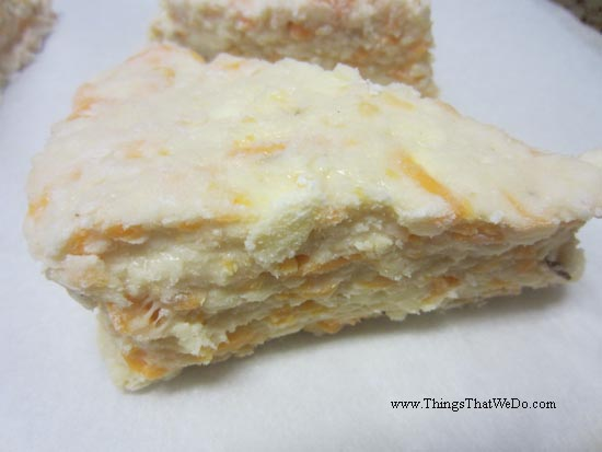 thingsthatwedo.com - cheddar cheese scones